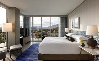 arlo-suite-king-bedroom-mountain-views-rowan-palm-springs