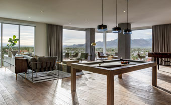 Jacinto Suite will pool table, lounge seating, and amazing view of mountains